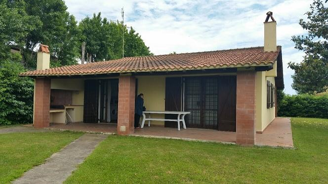 Casa Con Giardino Ostia Lido : Casa appartamento villa villino pomezia roma torvaianica