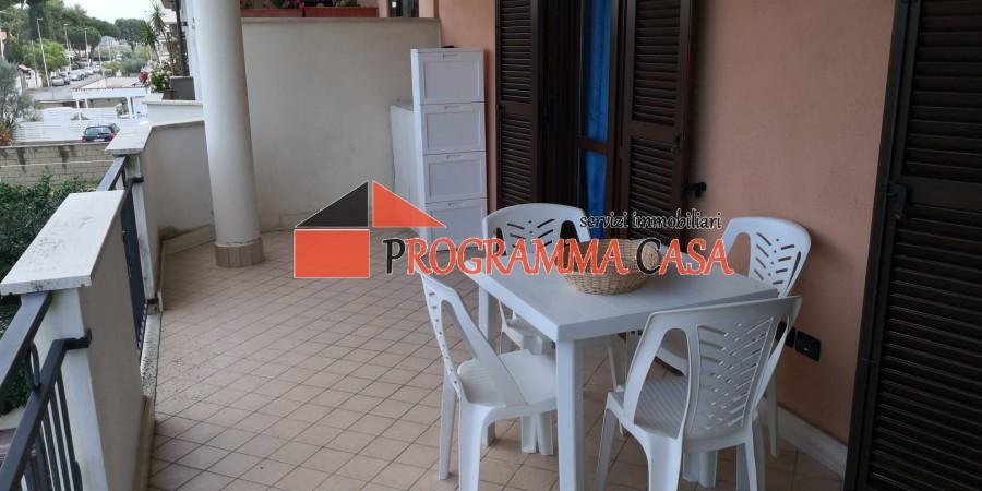Casa appartamento villa villino pomezia roma torvaianica for Appartamento affitto aprilia arredato
